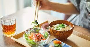 年末年始、食べすぎた体をリセットする5つの食事ポイント | ストレスフリーな食事健康術 岡田明子 | ダイヤモンド・オンライン